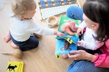 Výše mateřské (peněžité pomoci vmateřství) se odvíjí od toho, jak vysoké jsou vaše příjmy.
